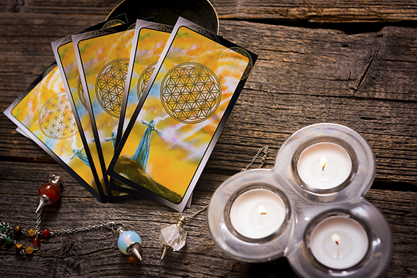 Tarot cards amd other accessories